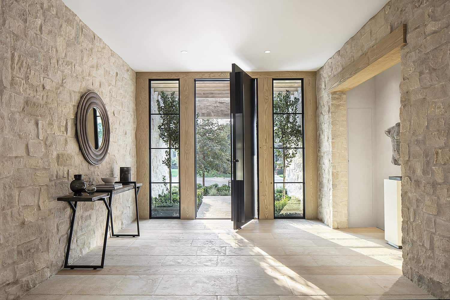 european-transitional-style-home-entry