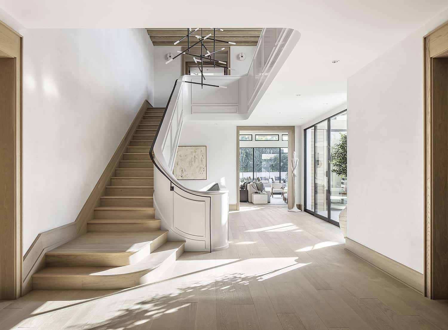 european-transitional-style-staircase