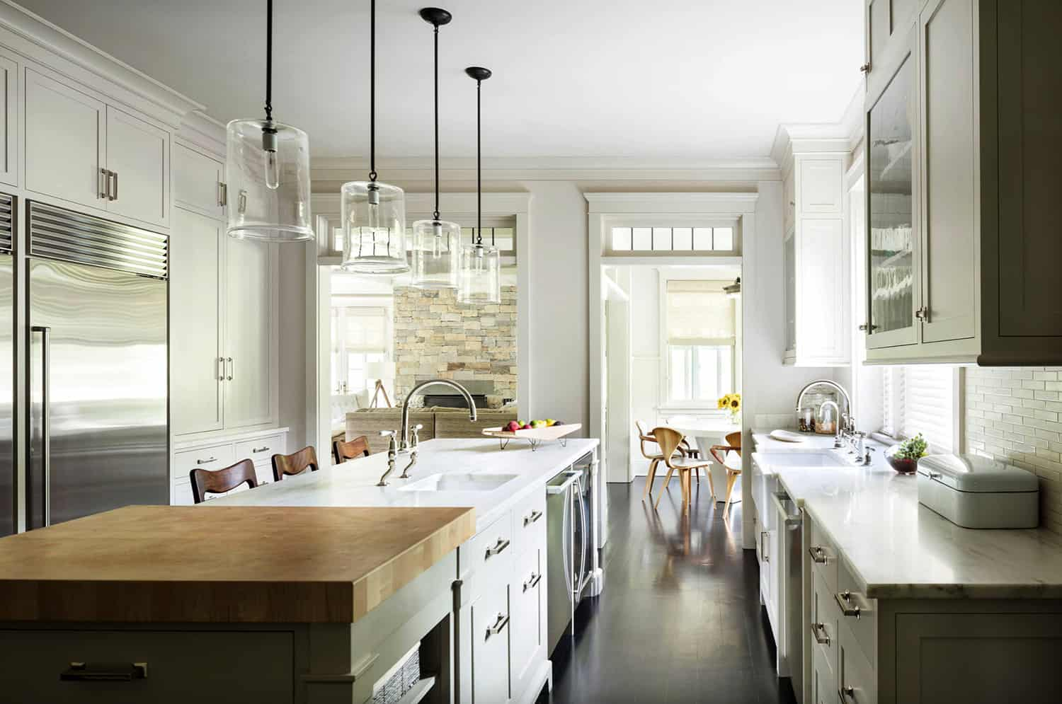 kitchen-with-view-to-breakfast-nook
