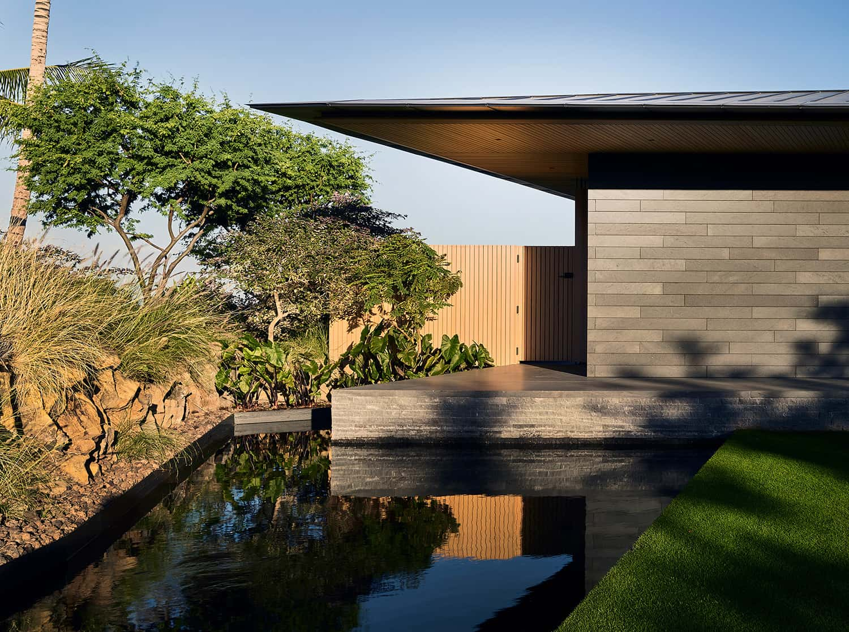 tropical-reflecting-pool
