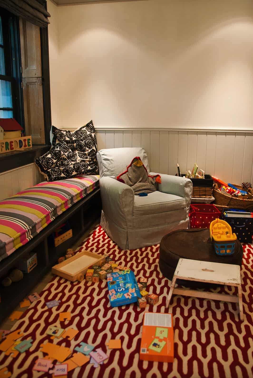eclectic-kids-playroom