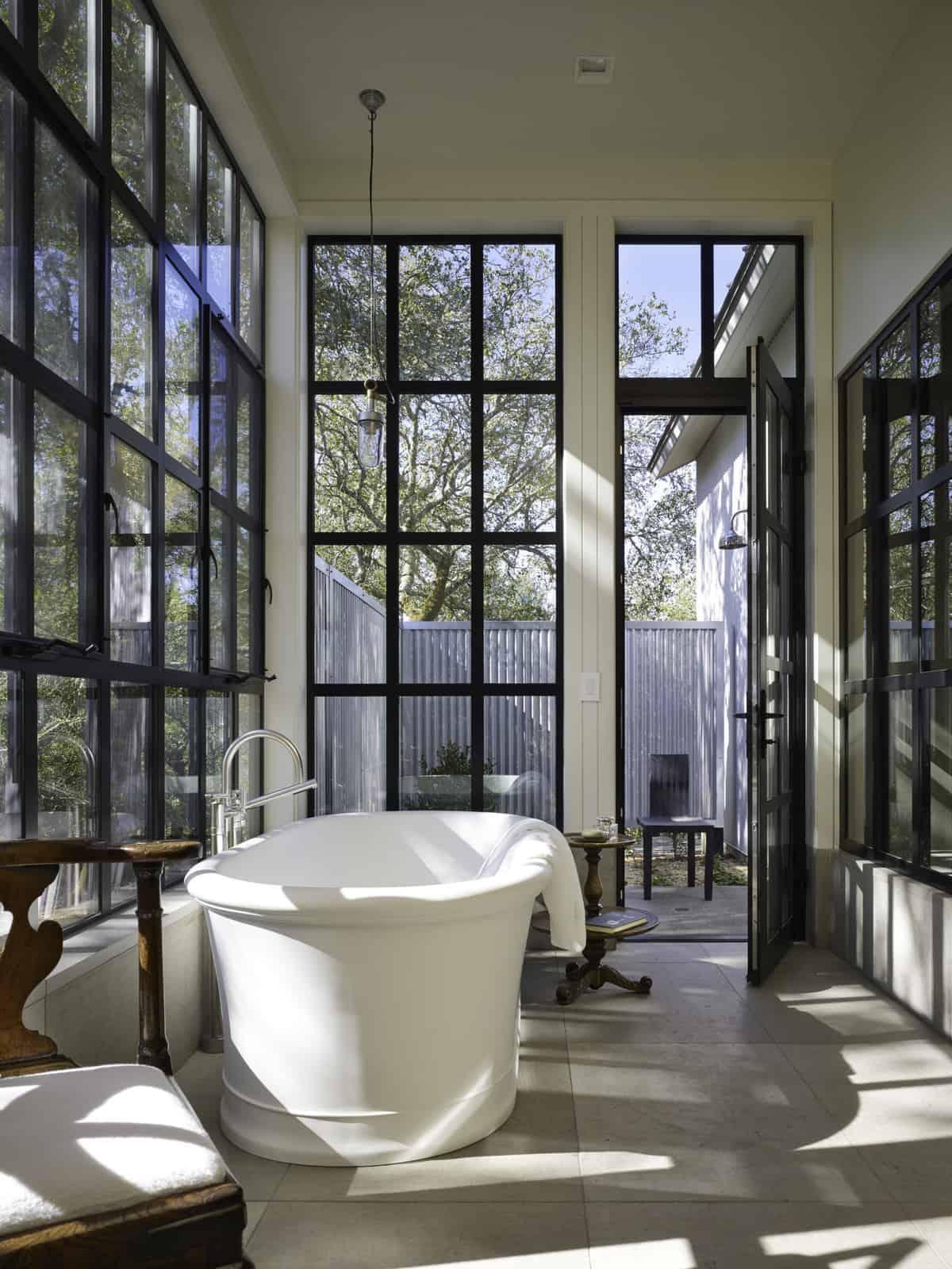 industrial-farmhouse-bathroom-tub