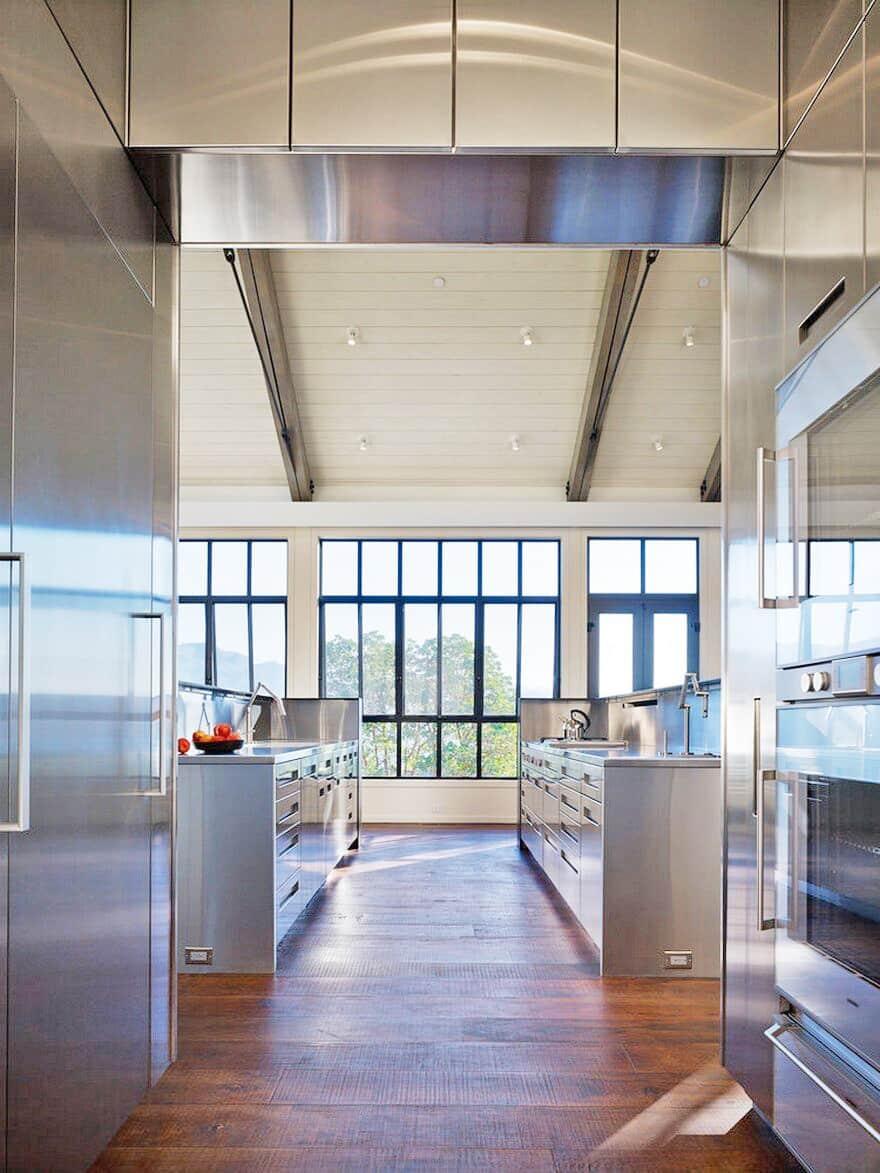 industrial-farmhouse-kitchen