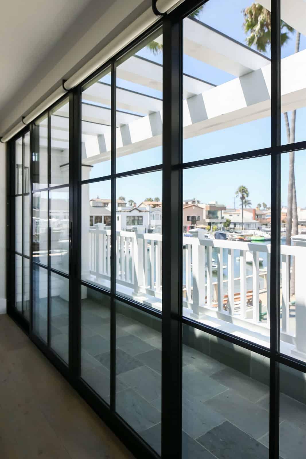 beach-house-steel-frame-window