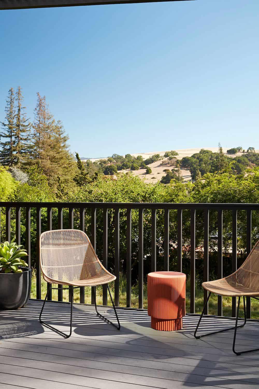 midcentury-modern-home-patio-california