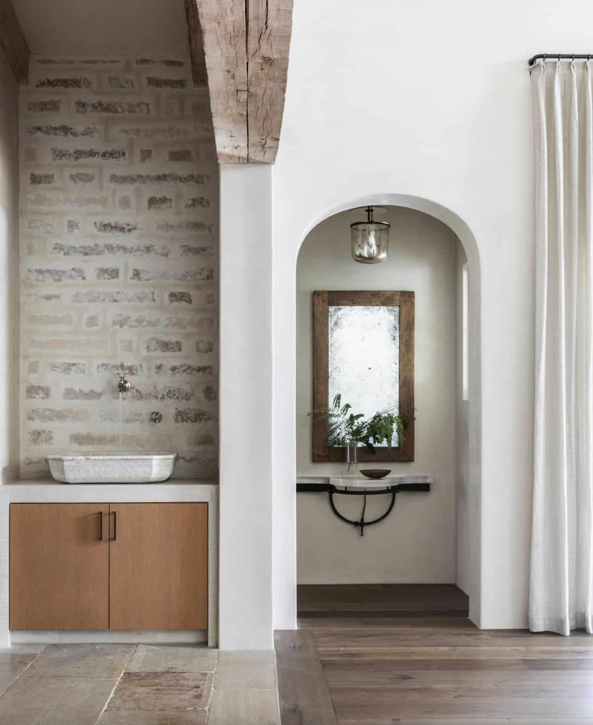modern-belgian-farmhouse-style-powder-room
