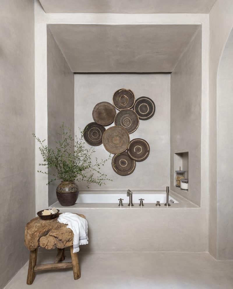 modern-belgian-farmhouse-style-bathroom