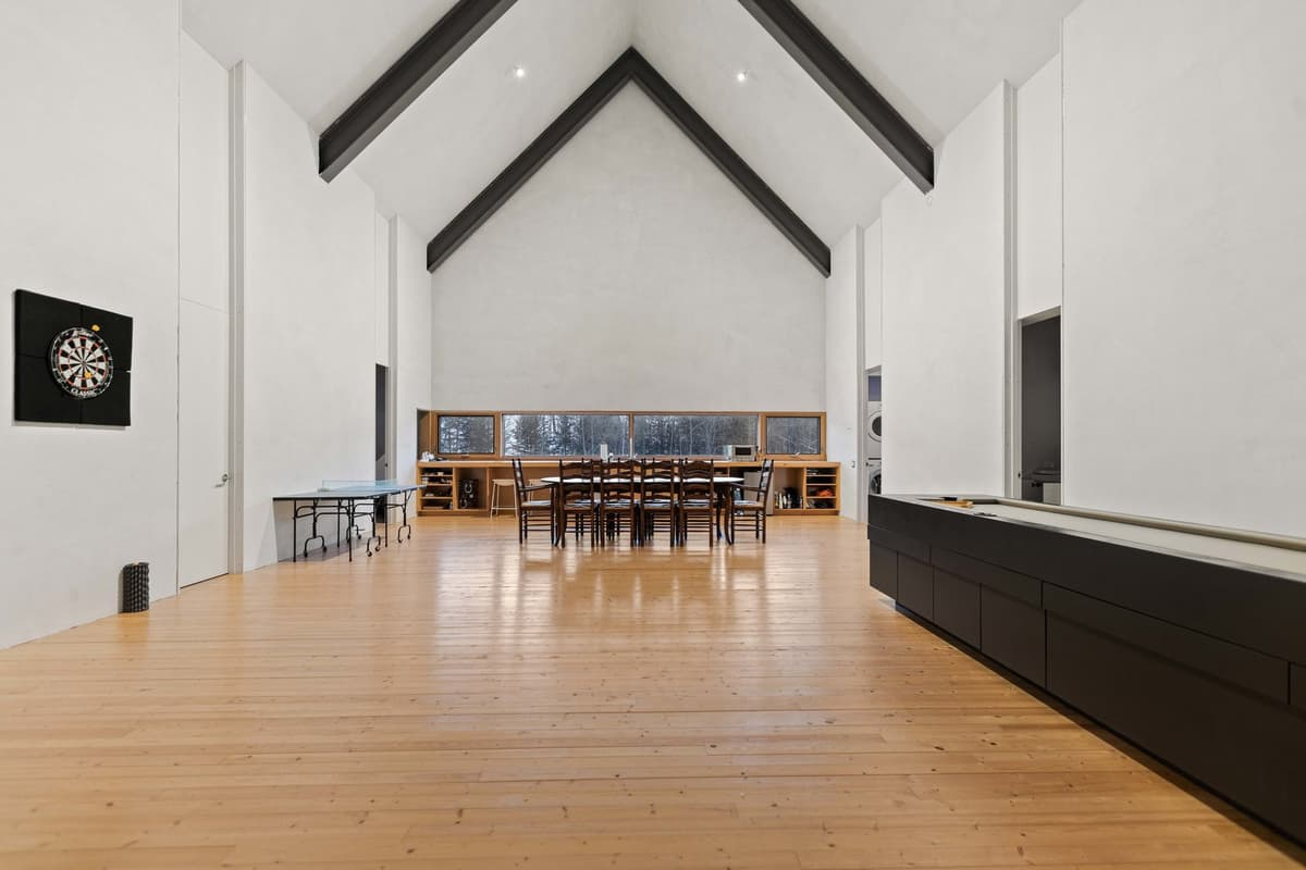 barn-large-main-hall