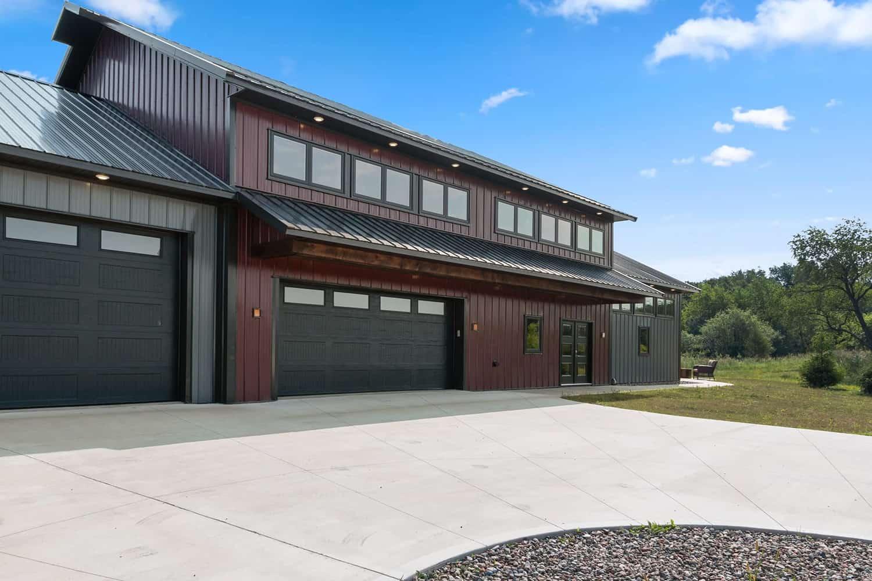 modern-pole-barn-house-exterior