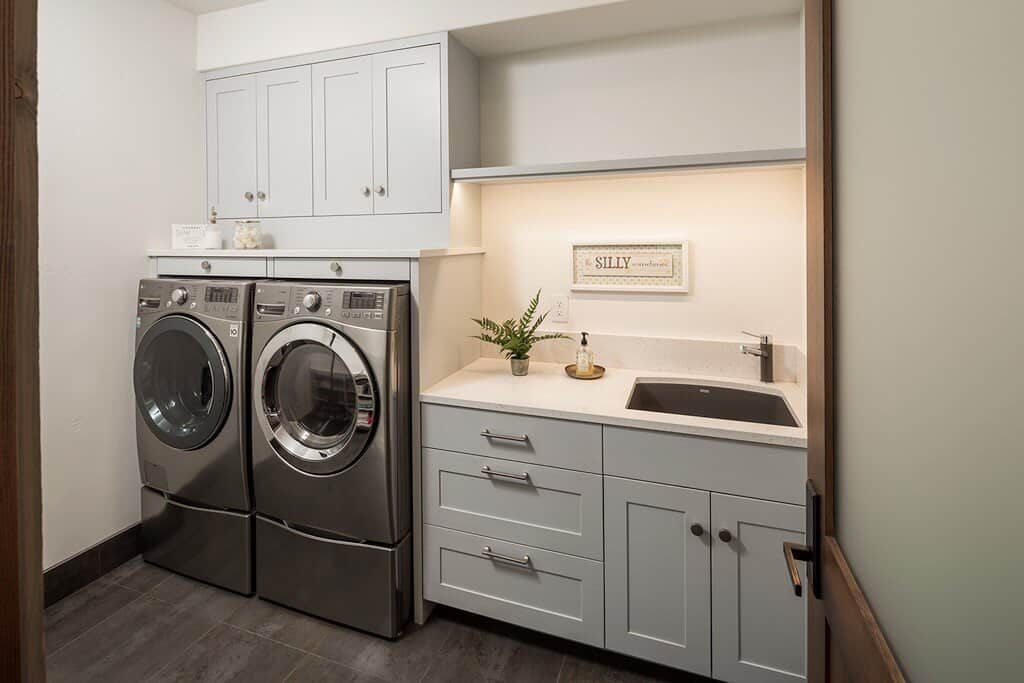 modern-rustic-laundry-room