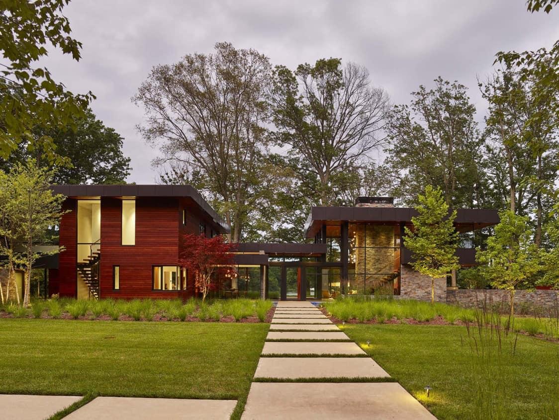 modernist-home-exterior