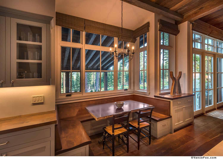 mountain-style-farmhouse-breakfast-nook