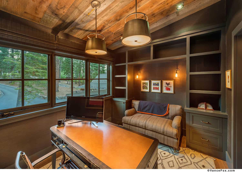 mountain-style-farmhouse-home-office