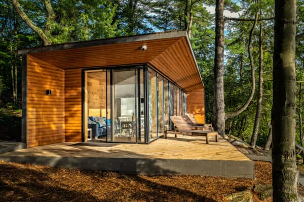 featured posts image for An amazing compact modern prefab cabin on Lake Muskoka, Canada
