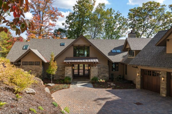 featured posts image for A marvelous North Carolina mountain home with a touch of Japanese zen