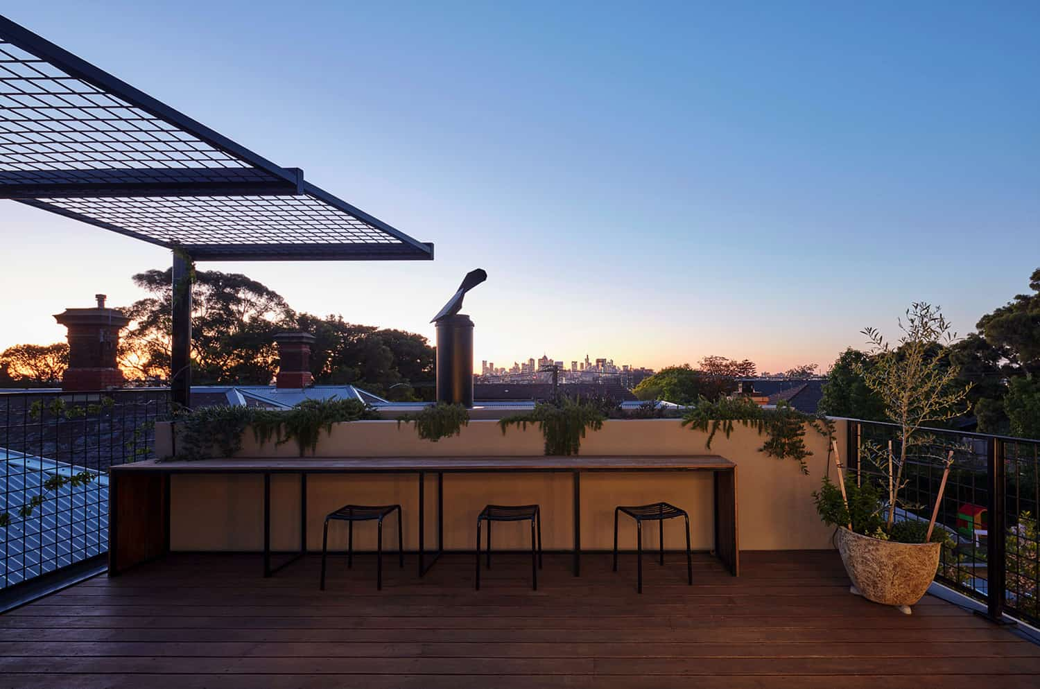contemporary-rooftop-terrace