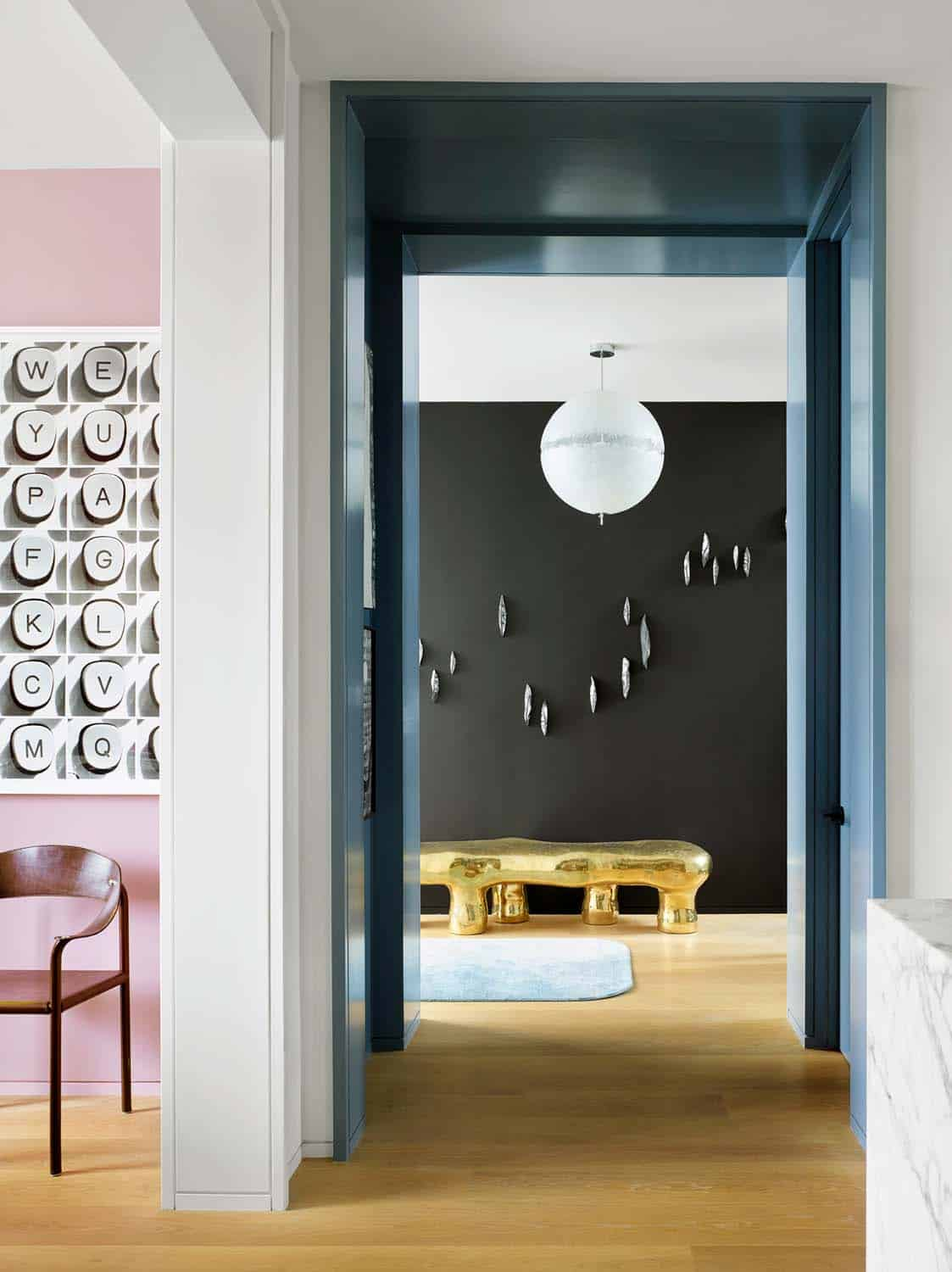 contemporary-townhouse-entry