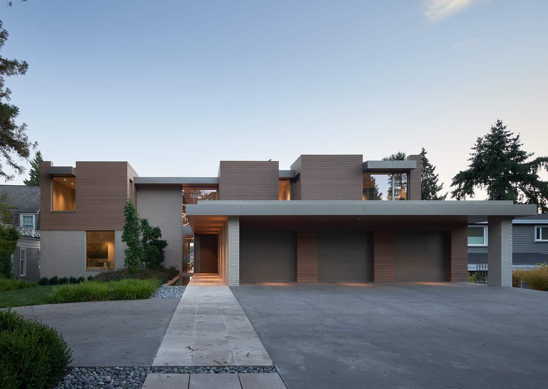 contemporary-lake-washington-home-exterior
