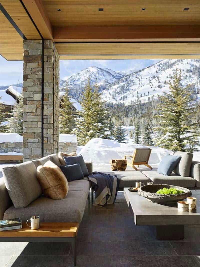 contemporary-wyoming-mountain-retreat-patio
