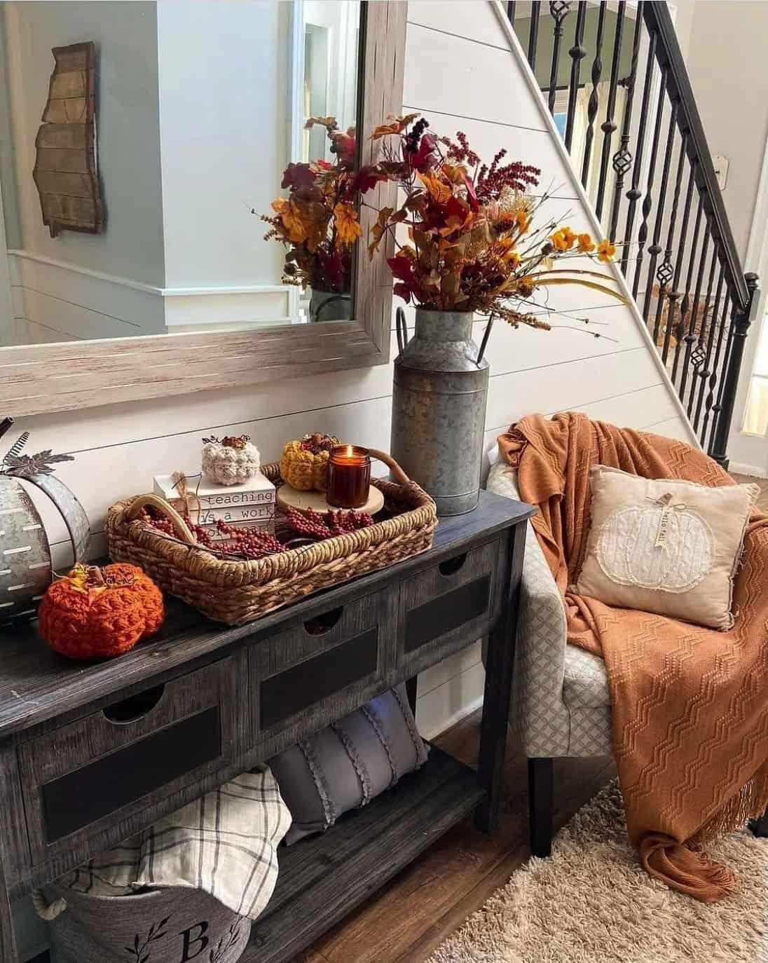 entryway-fall-decor