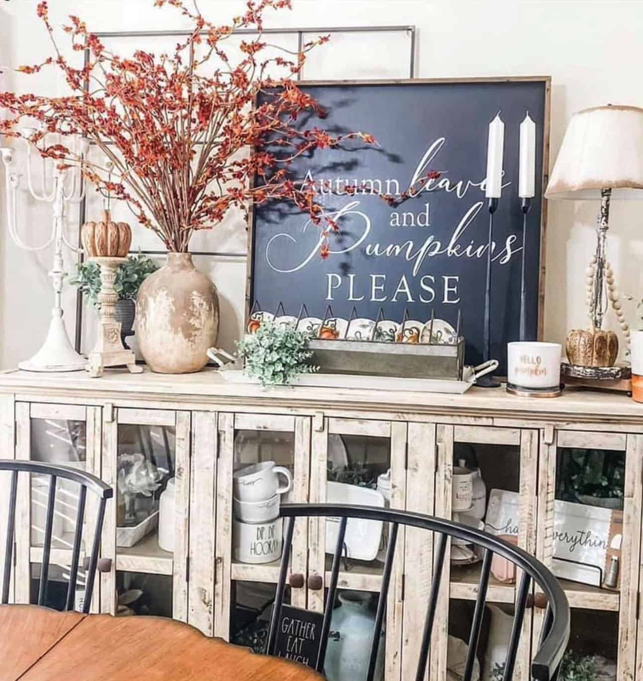 fall-decorated-dining-room