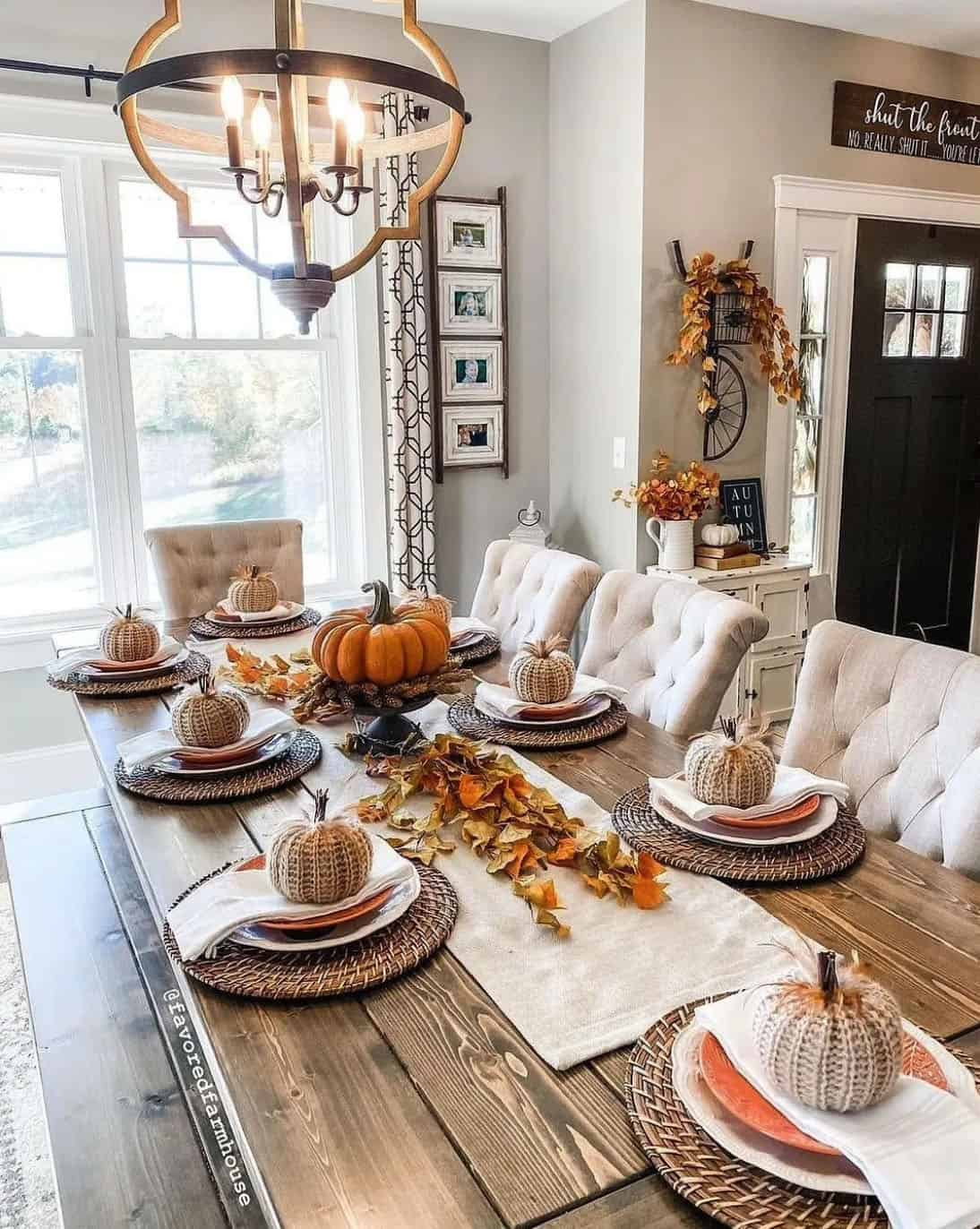 fall-decorated-dining-table