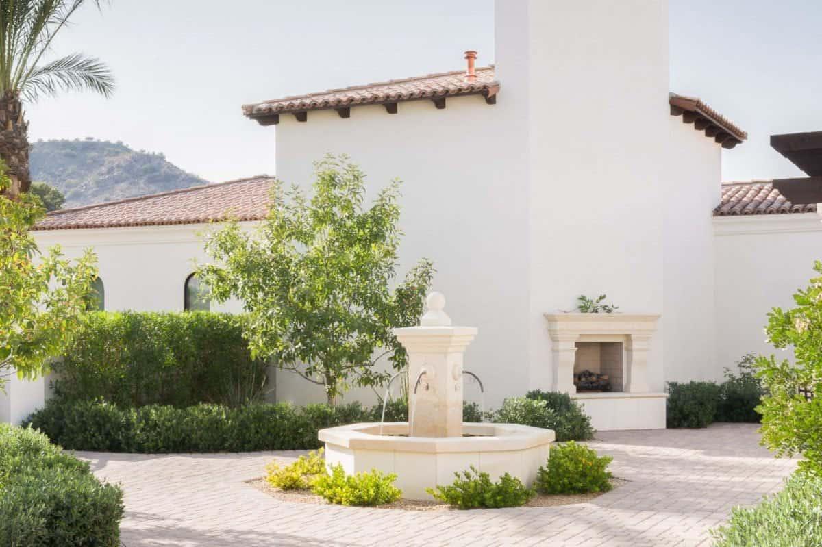 mediterranean-inspired-home-exterior