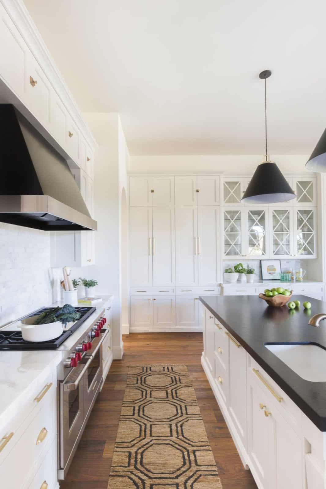 mediterranean-inspired-kitchen