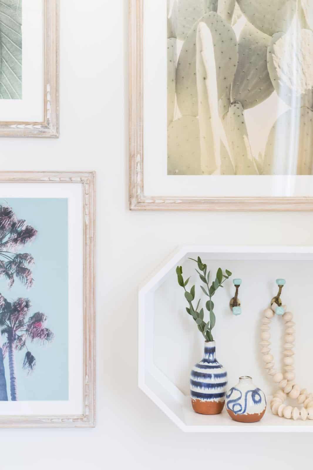 mediterranean-inspired-bedroom-wall-decor