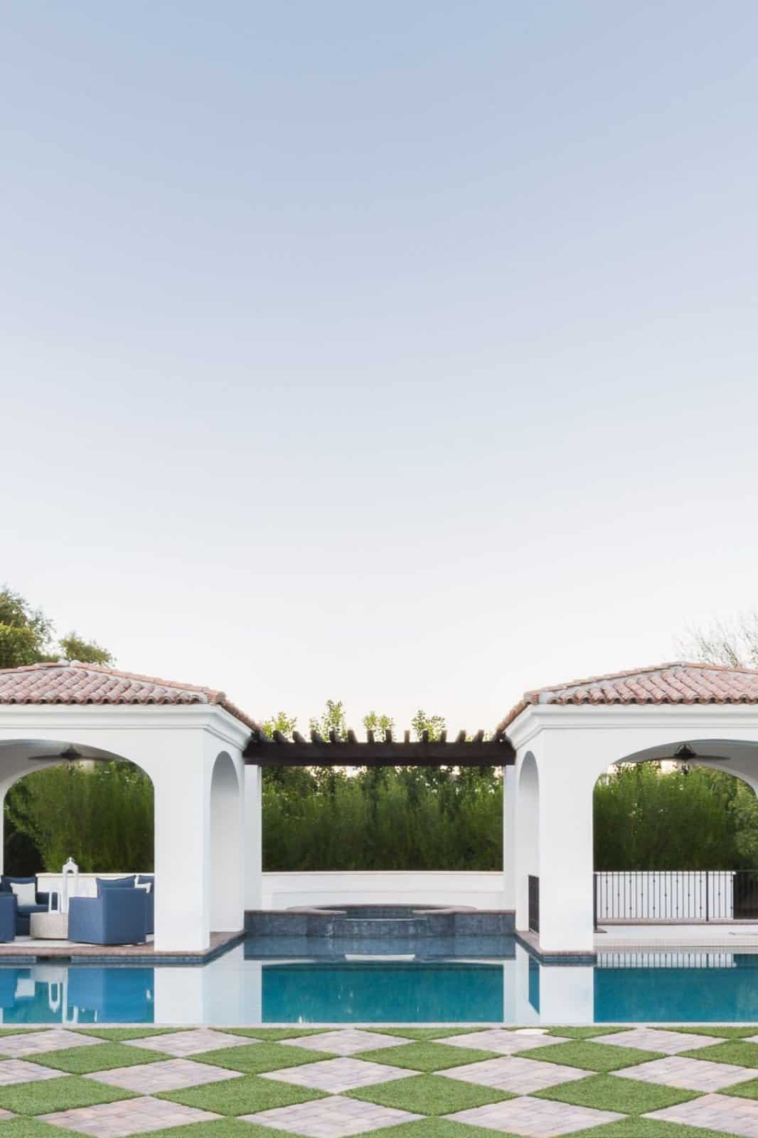 mediterranean-inspired-swimming-pool-and-patio
