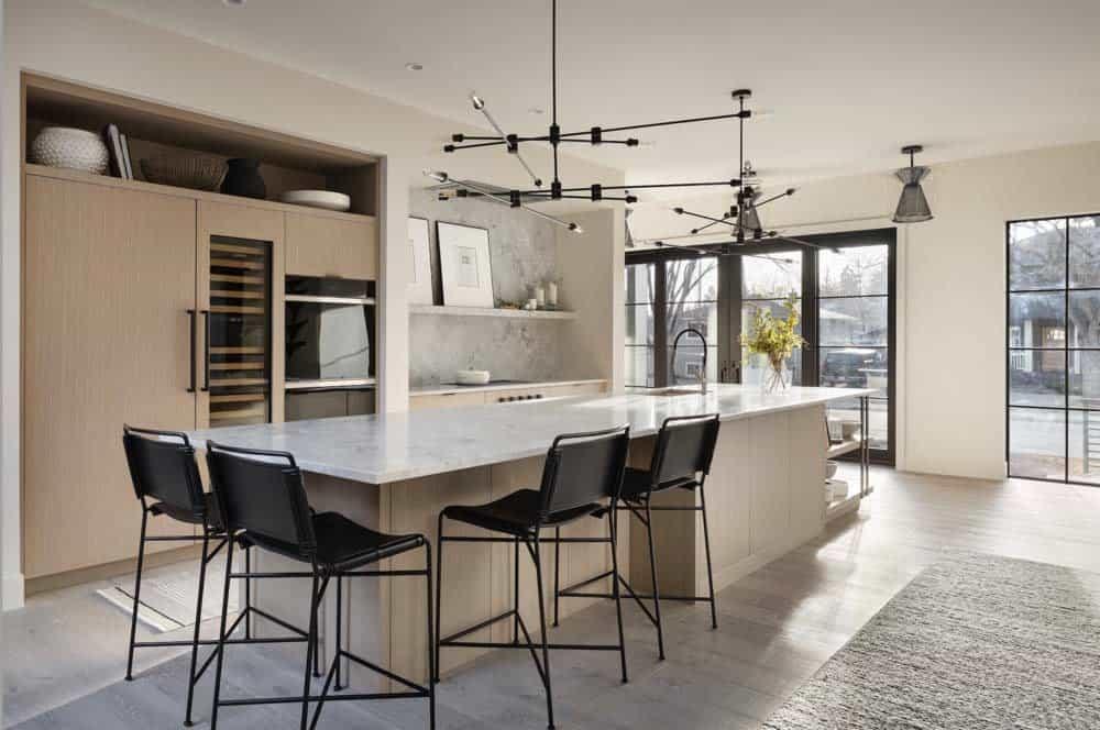 modern-coastal-style-kitchen