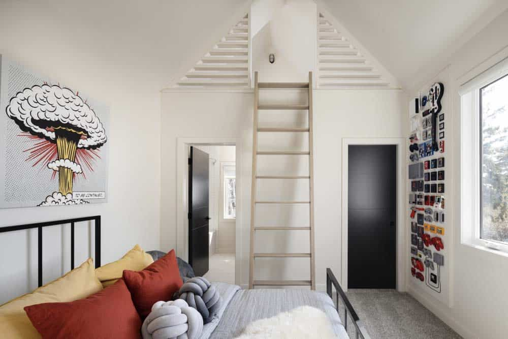 modern-coastal-style-kids-bedroom-with-a-loft