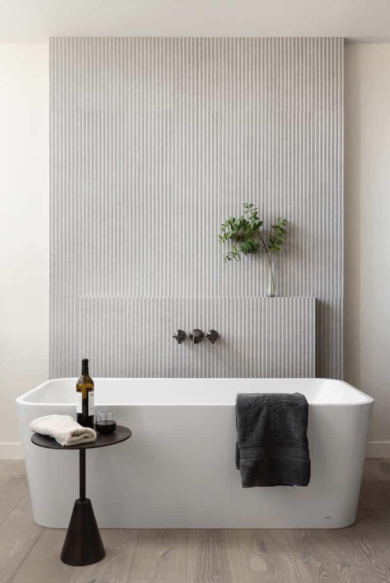 modern-coastal-style-bathroom-with-freestanding-tub