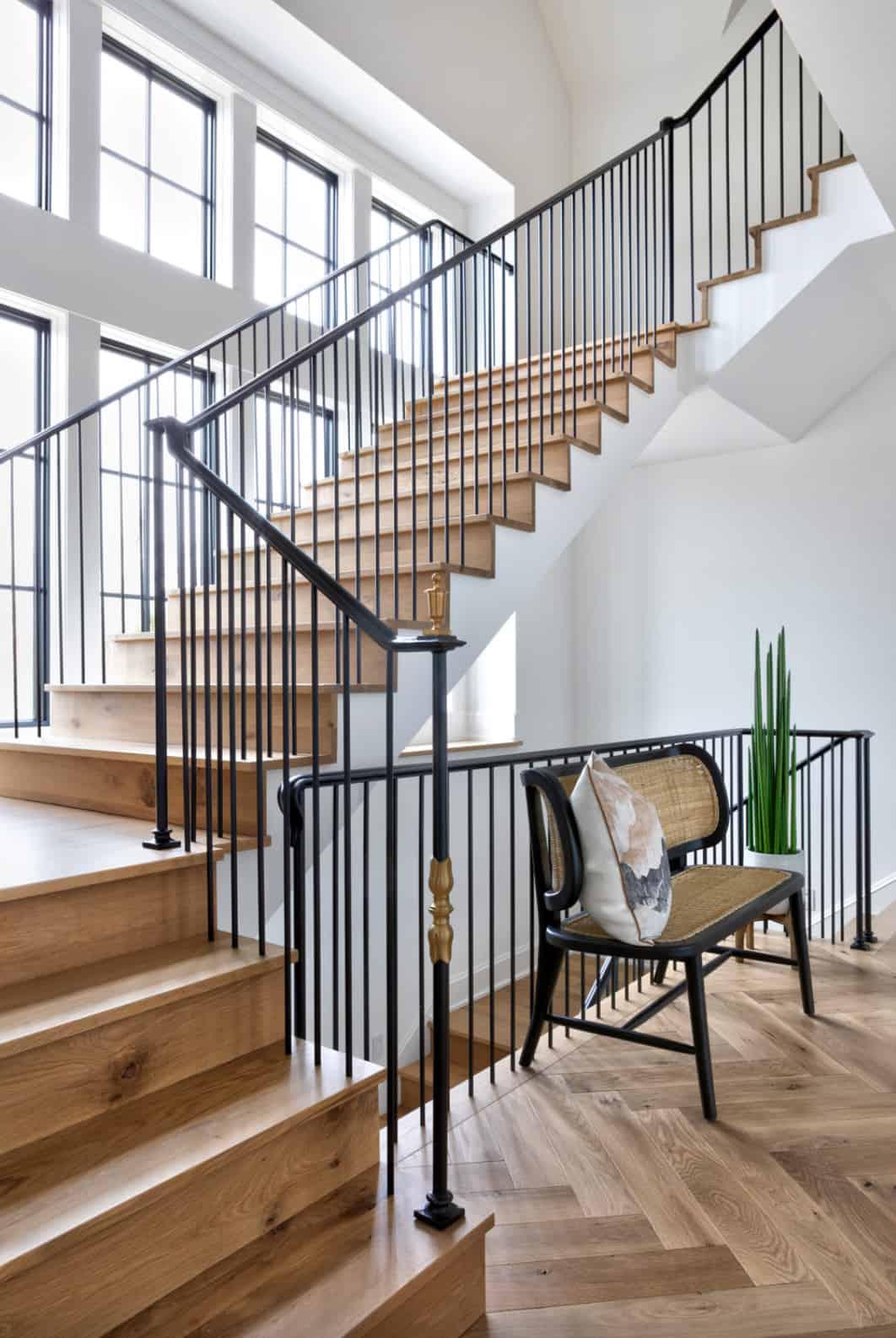 modern-european-lake-house-entry-staircase