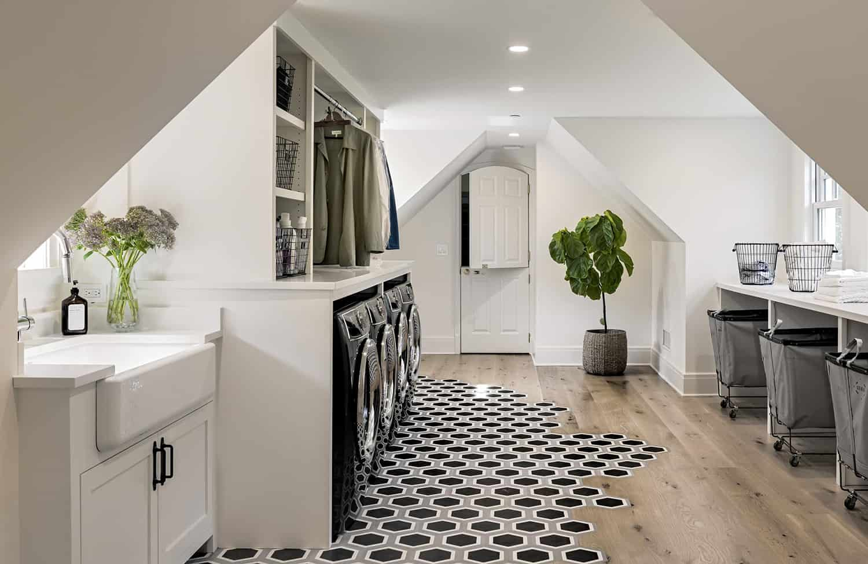 interior-renovation-transitional-laundry-room