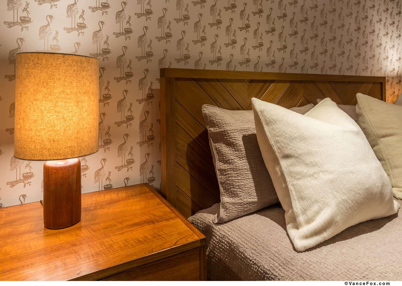 midcentury-modern-bedroom