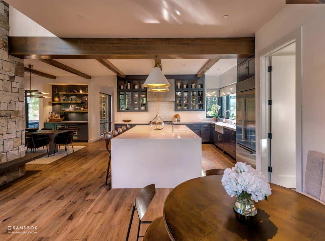 mountain-contemporary-home-kitchen-nook