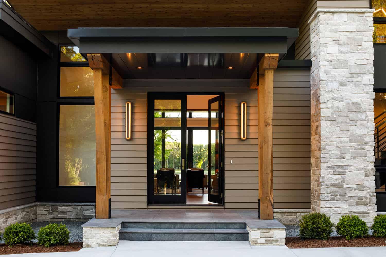 mountain-modern-lake-house-entry
