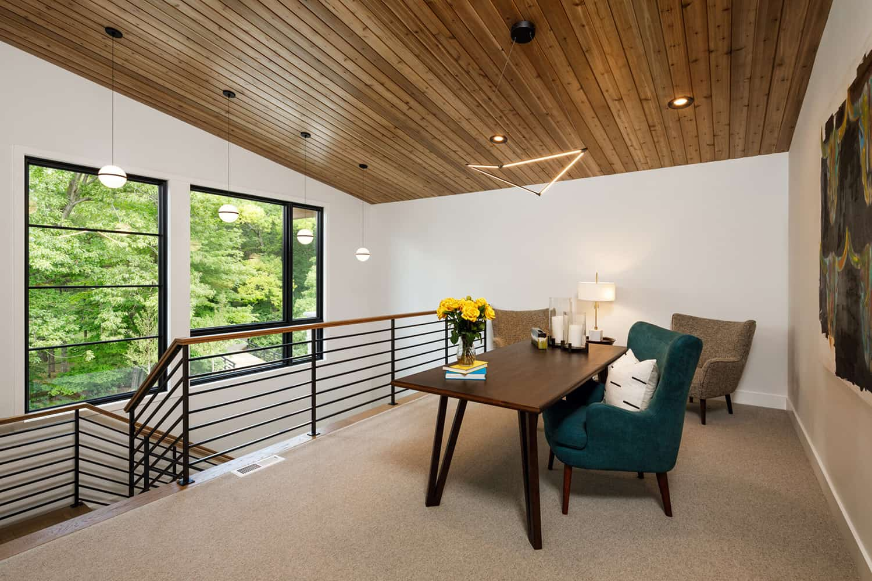 mountain-modern-home-office