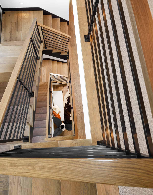 mountain-modern-staircase