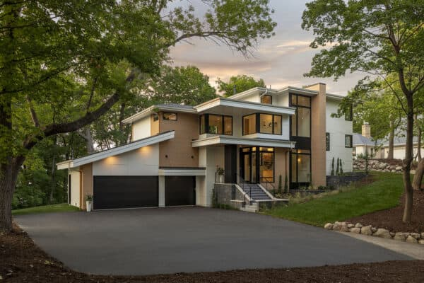featured posts image for An inviting multi-level home with a west coast vibe on Lake Minnetonka