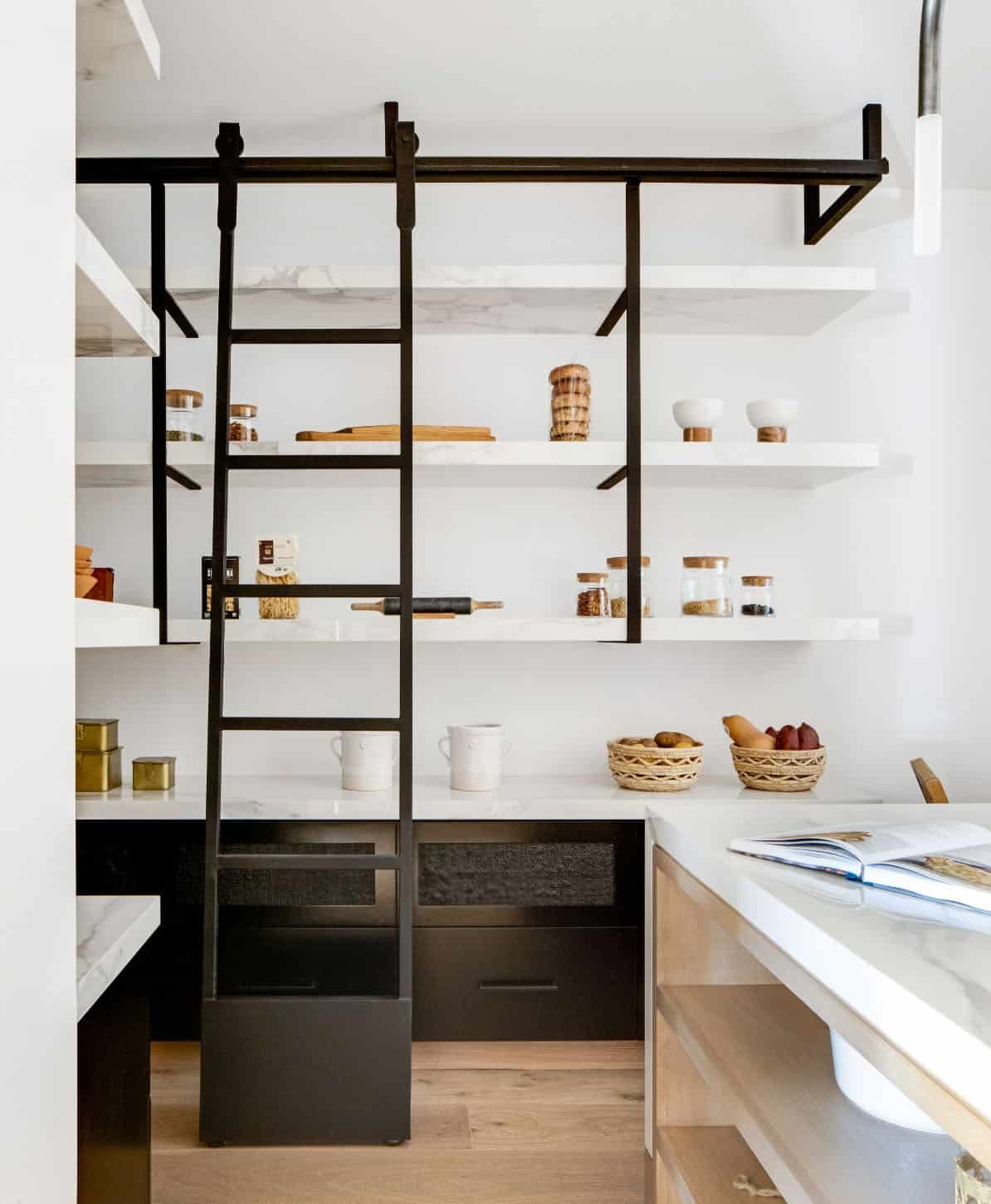 nordic-style-pantry