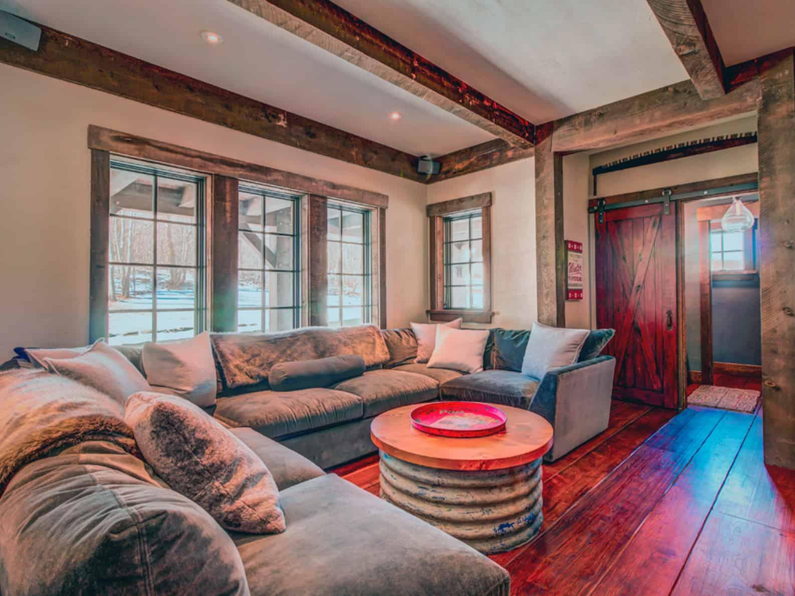 rustic-family-room-basement