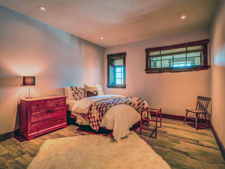 rustic-girls-bedroom