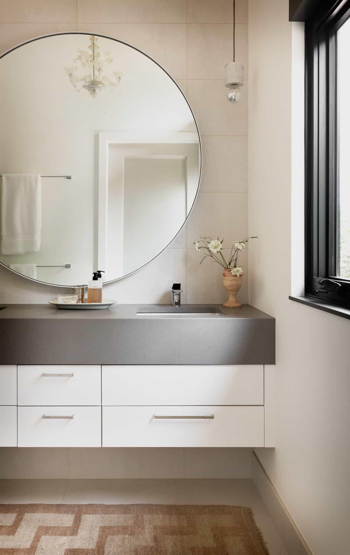 scandinavian-modern-bathroom