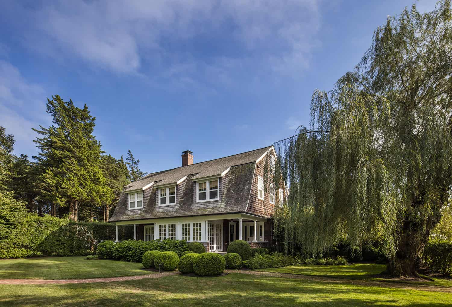 shingle-style-colonial-exterior