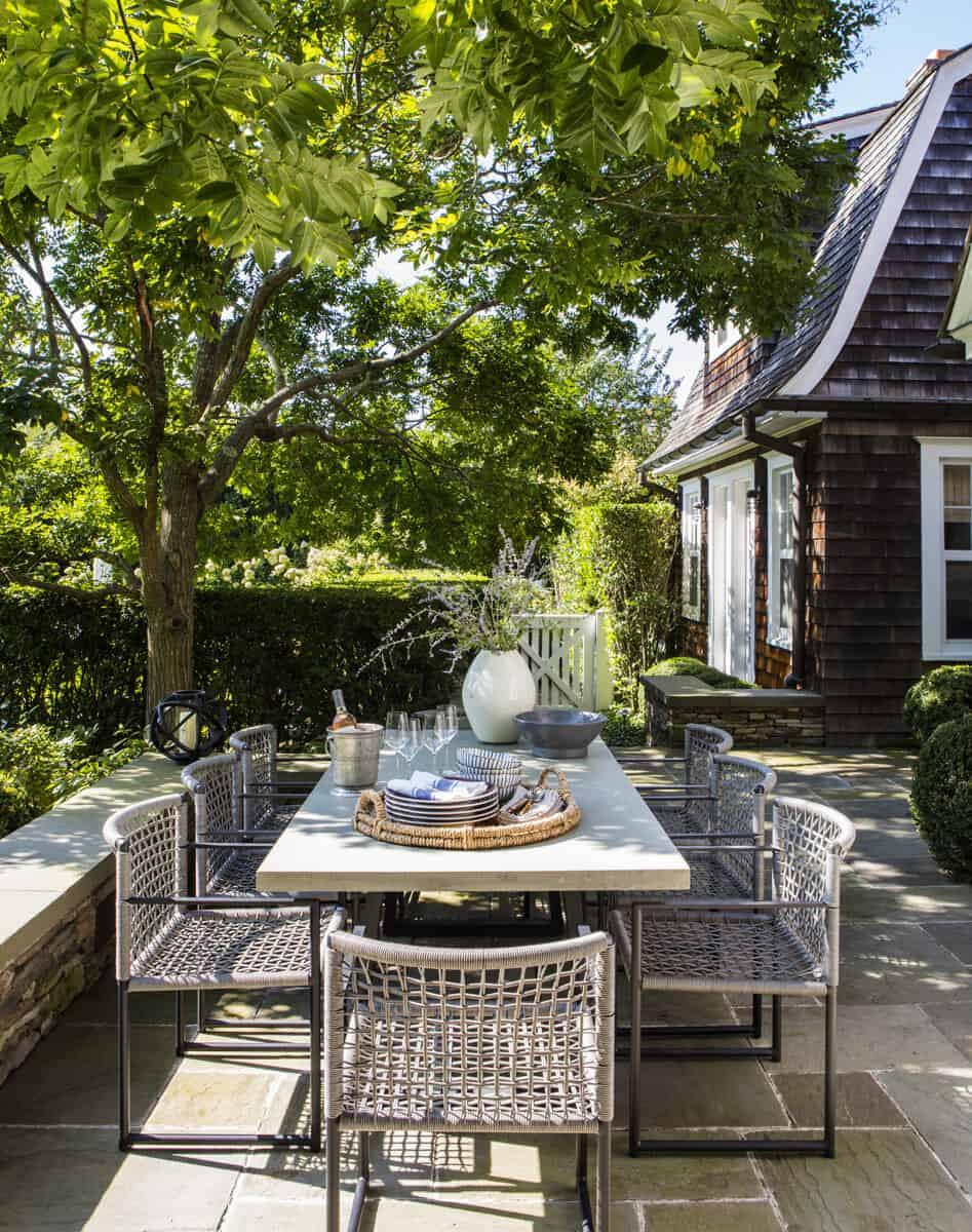 shingle-style-colonial-patio