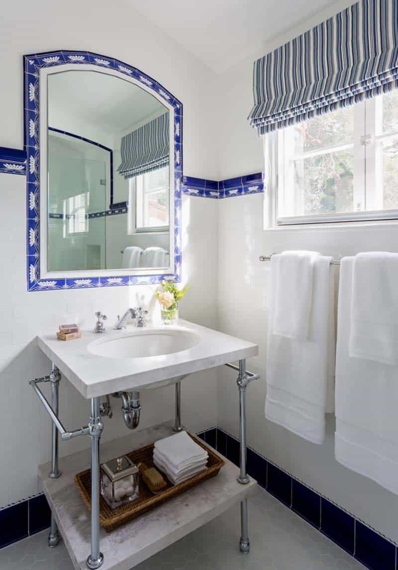 spanish-style-bathroom