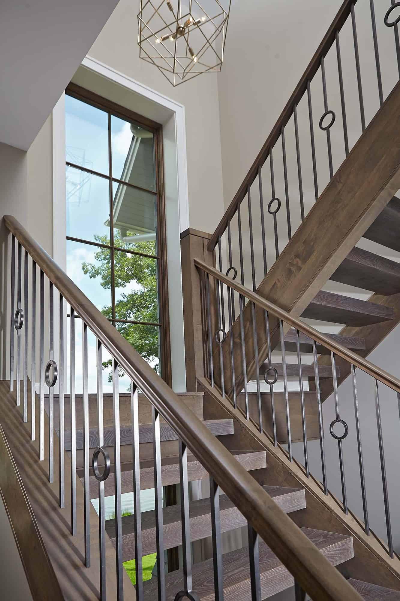 michigan-lake-house-modern-staircase