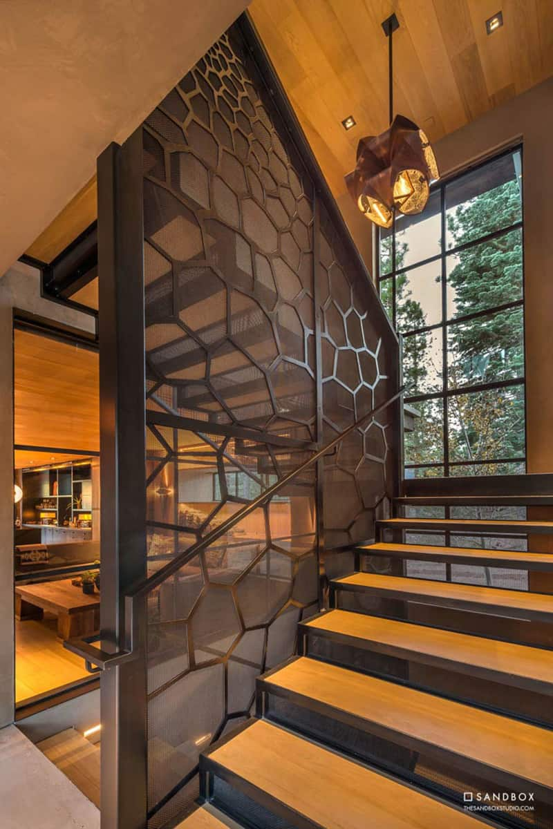 transitional-mountain-home-staircase